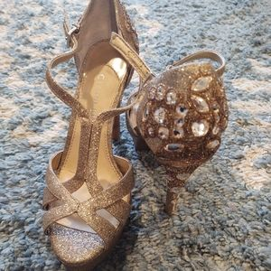 Gianni Bini Geneva Gold Glitter Platform Heels
